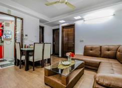 New India home stay - Neu-Delhi - Schlafzimmer