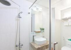 Thien Hai Hotel - Ho Chi Minh City - Bathroom