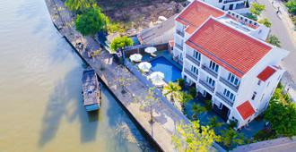 Riverside White House Villa - Hoi An - Edificio