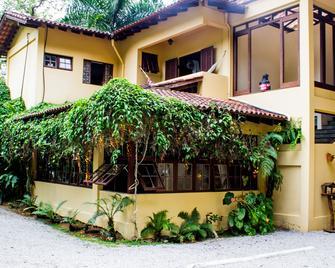 Pousada Recanto Dos Tangaras - Juquei - Building