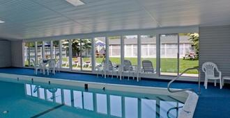 Parkers River Motel - South Yarmouth - Πισίνα