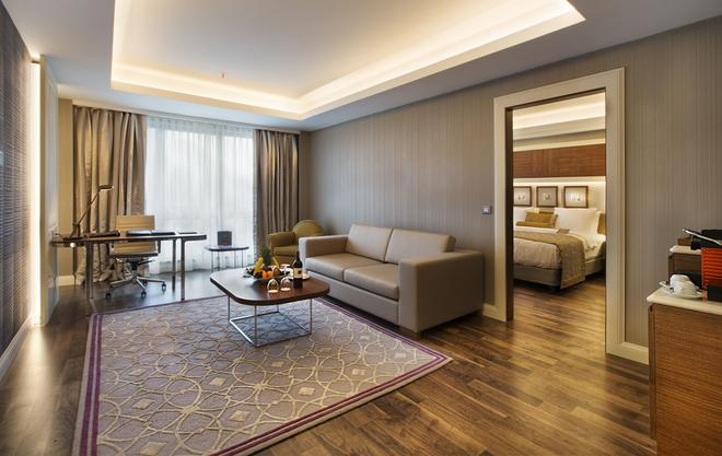 Dedeman Bostanci Istanbul Hotel & Convention Center - Istanbul - Living room