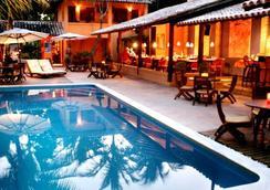 Hotel Pousada Coqueiros - Arraial d'Ajuda - Bể bơi