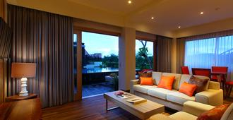 The Kirana Canggu Hotel - North Kuta - Sovrum