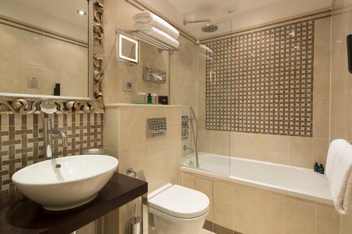 艾菲爾鐵塔酒店 - 巴黎 - 巴黎 - 浴室