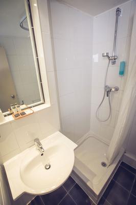 Timhotel Paris Gare De Lyon - Paris - Bathroom