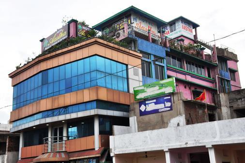 Hotel Aastha - Raurkela - Building