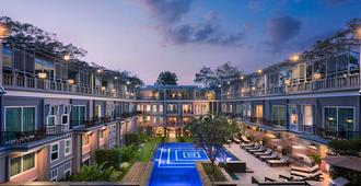J7 Hotel - Siem Reap - Pool