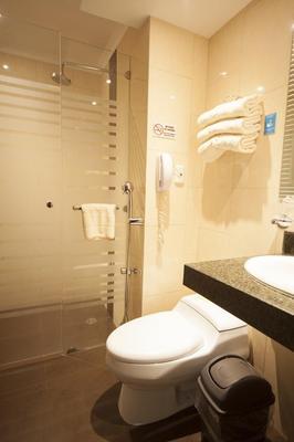 華美達酒店 - 瓜亞基爾 - 瓜亞基爾 - 浴室