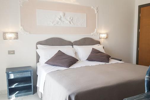 Royal Boutique Hotel - Riccione - Bedroom