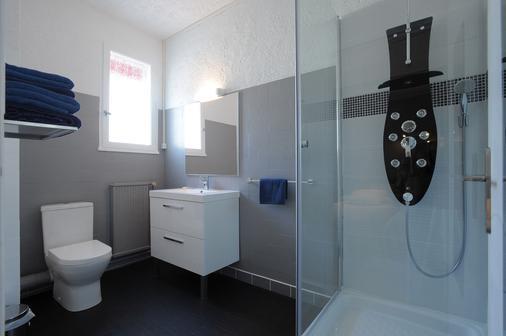 Hotel Italia - Tours - Bathroom