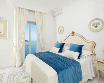Hotel Onda Verde - Praiano - Schlafzimmer