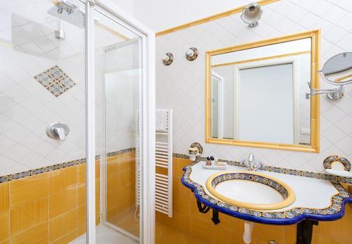 Hotel Onda Verde - Praiano - Kylpyhuone