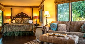 The Casitas of Arroyo Grande - Arroyo Grande - Bedroom