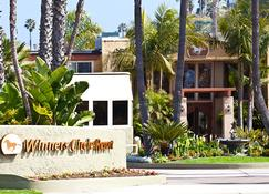 Winners Circle Resort - Solana Beach - Building