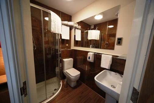 Le Ville Hotel - Manchester - Bathroom