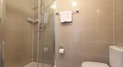 St Mark Hotel - London - Bathroom