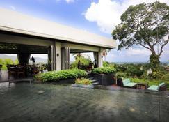The Pavilions Phuket - Bãi biển Bang Tao - Toà nhà