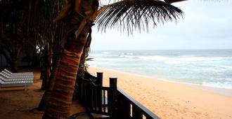 Dalawella Beach Resort By Deco - Unawatuna