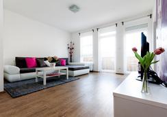 Grand Budapest Apartments - Budapest - Living room