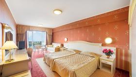 宏偉宮殿酒店 - 馬爾切西涅 - 馬爾切斯奈 - 臥室
