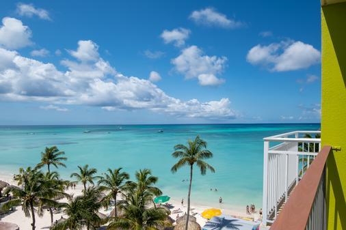 式阿魯巴島渡假村假日酒店 - 努德 - 棕櫚灘 - 陽台