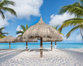 Holiday Inn Resort Aruba - Beach Resort & Casino - Noord - Plajă