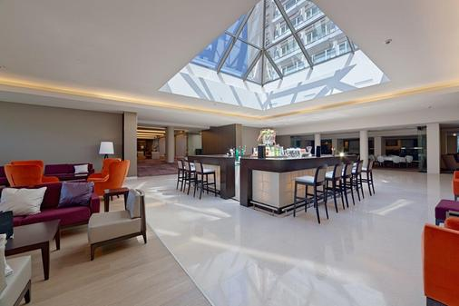 布加勒斯特華美達大酒店會議中心 - 布加勒斯特 - 布加勒斯特 - 酒吧