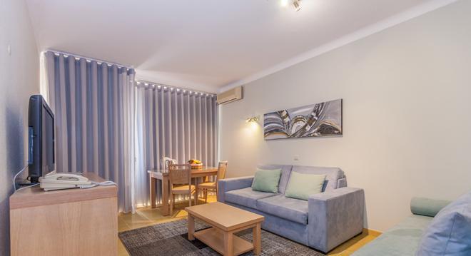 Albufeira Sol Hotel & Spa - Albufeira - Living room