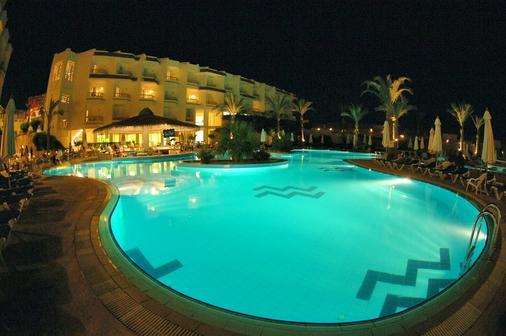 Hilton Sharks Bay Resort - Sharm el-Sheikh - Κτίριο