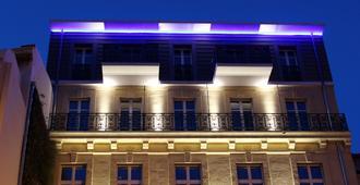 C2 hôtel - Marseille - Building