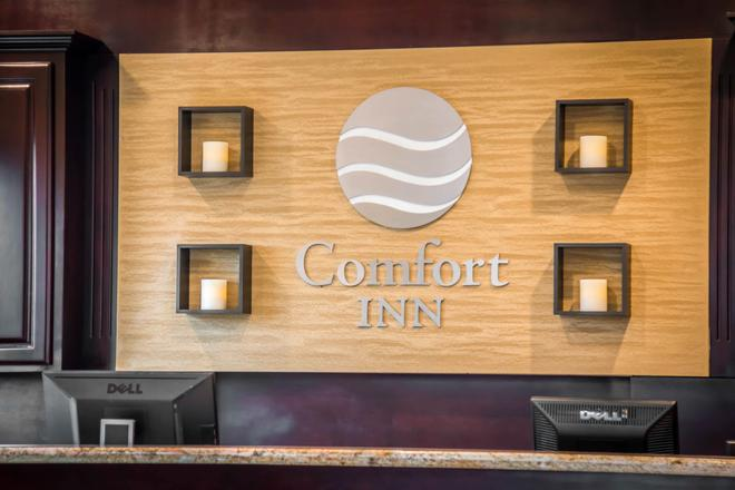 Quality Inn Downey - Downey - Front desk