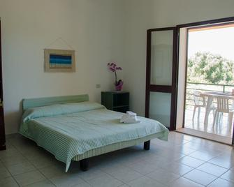 Residence Cort'e Accas - Bari Sardo - Slaapkamer
