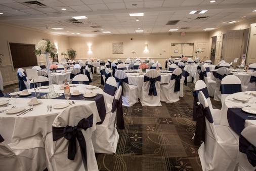 Holiday Inn Weirton - Weirton - Banquet hall