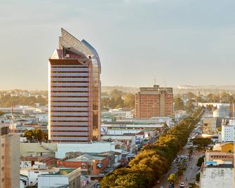 Hilton Garden Inn Lusaka Society Business Park - Lusaka - Building
