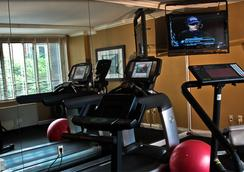 The River Inn - Washington - Gym