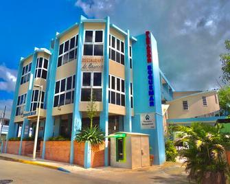 Parador Boquemar - Cabo Rojo - Edificio