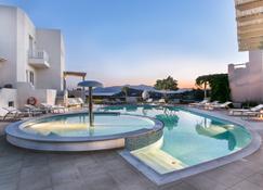 Iliada Villas - Agios Prokopios - Pileta