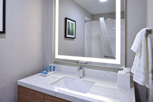 Modesto Hotel - Modesto - Phòng tắm