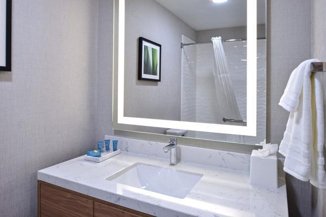 Modesto Hotel - Modesto - Salle de bain