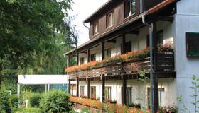 Hotel Forsthaus - Berlin - Gebäude