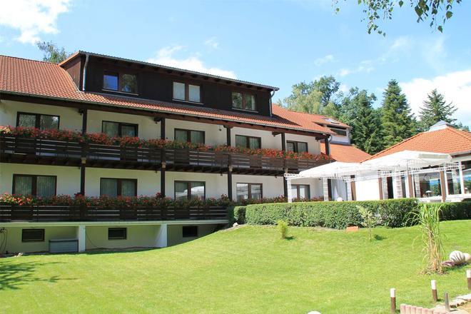 Hotel Forsthaus - Berliini - Rakennus