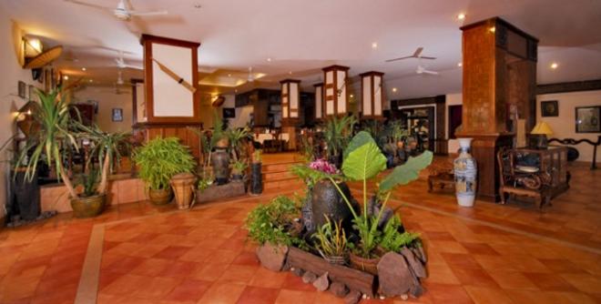 Pakse Hotel & Restaurant - Паксе - Лобби