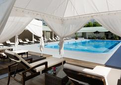 Grand Prince Hotel New Takanawa - Tokyo - Bể bơi