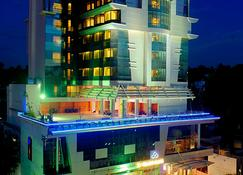 Sp Grand Days Hotel - Thiruvananthapuram - Edificio