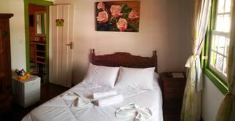 Pousada Joaninha - Tiradentes - Bedroom