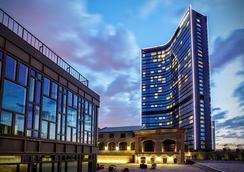 Hilton Istanbul Bomonti Hotel & Conference Center - Istanbul - Rakennus