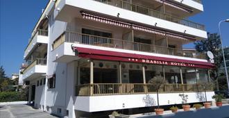 Hôtel Brasilia, Cagnes-sur-Mer - Cagnes-sur-Mer - Bâtiment