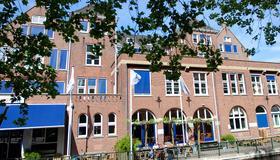 Stayokay Den Haag - The Hague - Building