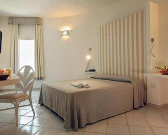 Hotel Mare Pineta - Pula - Bedroom